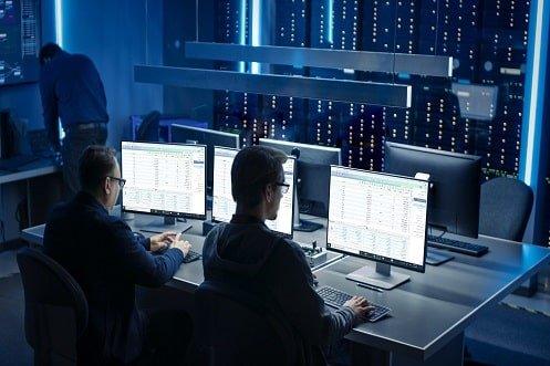 ویژگی های نرم افزار مدیریت منابع انسانی آرین سیستم